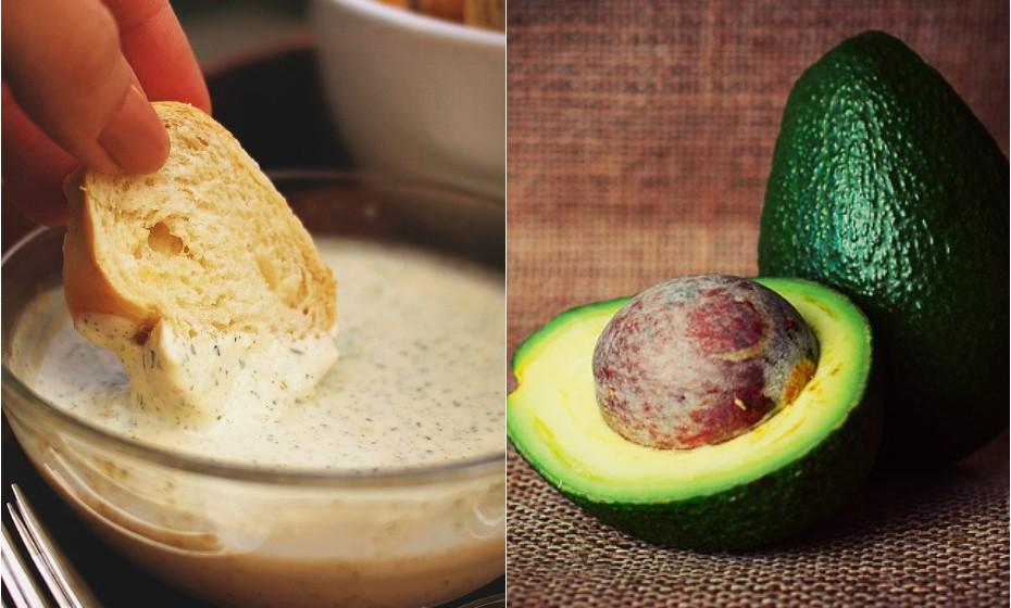 Nas suas saladas, troque a maionese por abacate, para adicionar gordura saudável à refeição.
