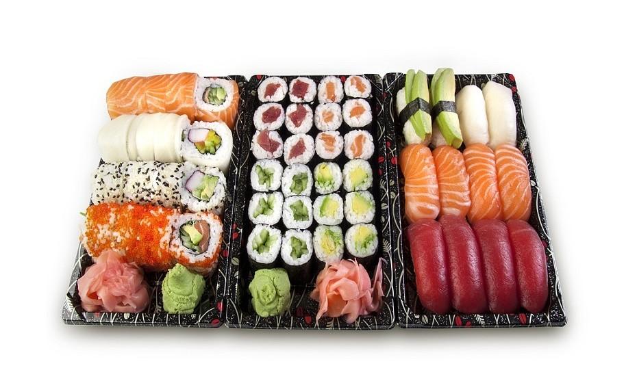 Hosomaki, Futomaki, Uramaki, Temaki e Nigiri são os tipos mais comuns de sushi.