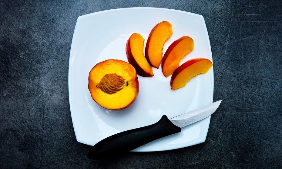 Frescas ou secas, as nectarinas são uma fonte sólida de fibra dietética. São ricas em vitamina A e em betacaroteno antioxidante.