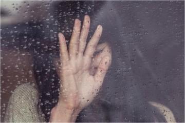 A infidelidade não é um mito e infelizmente muitas pessoas já passaram pelo sofrimento de serem traídas. Estes são alguns sinais que podem indicar que algo deste género se passa na sua relação amorosa.