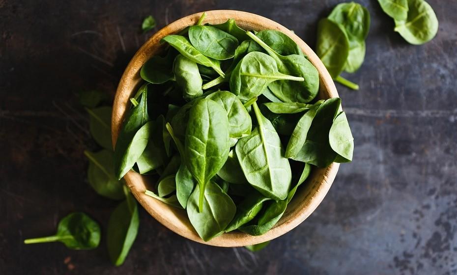 Vegetais de folha verde.