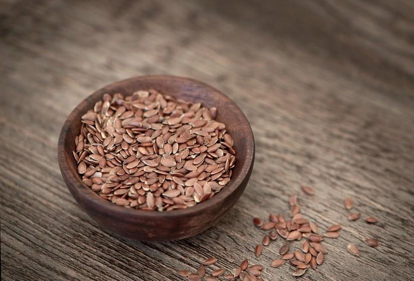 A linhaça também é muito eficaz na ação anti - inflamatória. É altamente sensível e facilmente oxidada. Um estudo recente concluiu que a linhaça tem a capacidade de metabolizar a gordura no organismo.