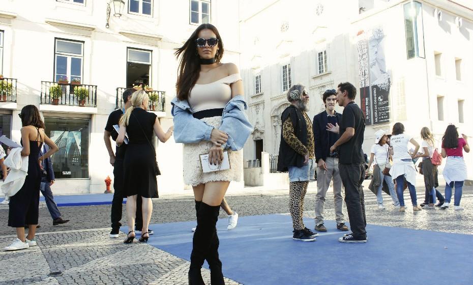 Beatriz Vieira tem apenas 19 anos, mas já demonstra um 'sense of fashion' incrível.