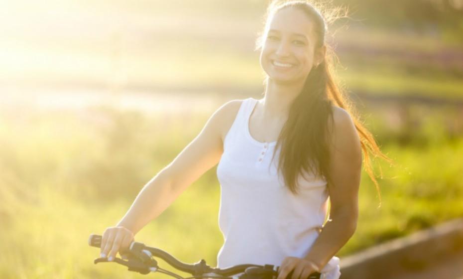 As mulheres que experienciam orgasmos de modo regular são geralmente mais relaxadas, menos deprimidas e estão física e emocionalmente mais satisfeitas. O sexo ajuda a combater os sintomas de depressão através da produção de serotonina no cérebro que controla o humor.
