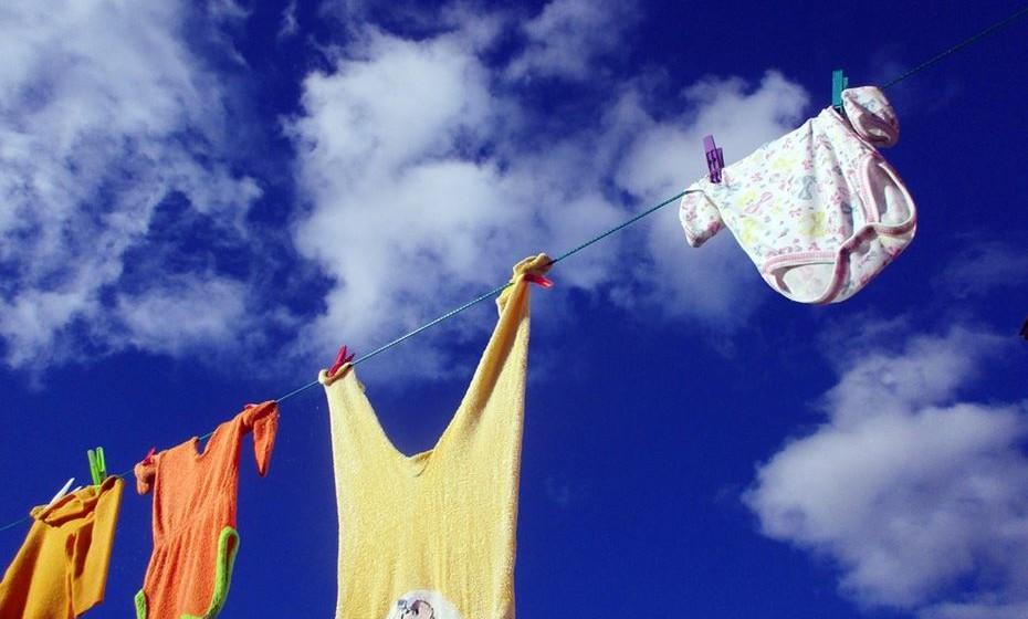 As tarefas devem ser divididas entre todos os moradores da casa para criar harmonia e laços de entreajuda.