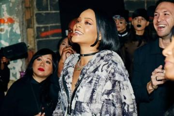 A cantora assume, uma vez mais, a sua paixão pelo mundo da moda.