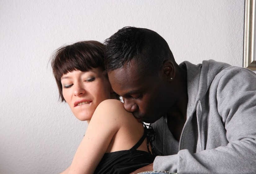 As fantasias principais das mulheres entre os 30 e os 40 anos começam por ser ter sexo com desconhecidos.