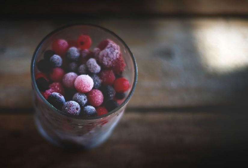 Quando consumir produtos congelados evite deixá-los muito tempo fora do congelador.