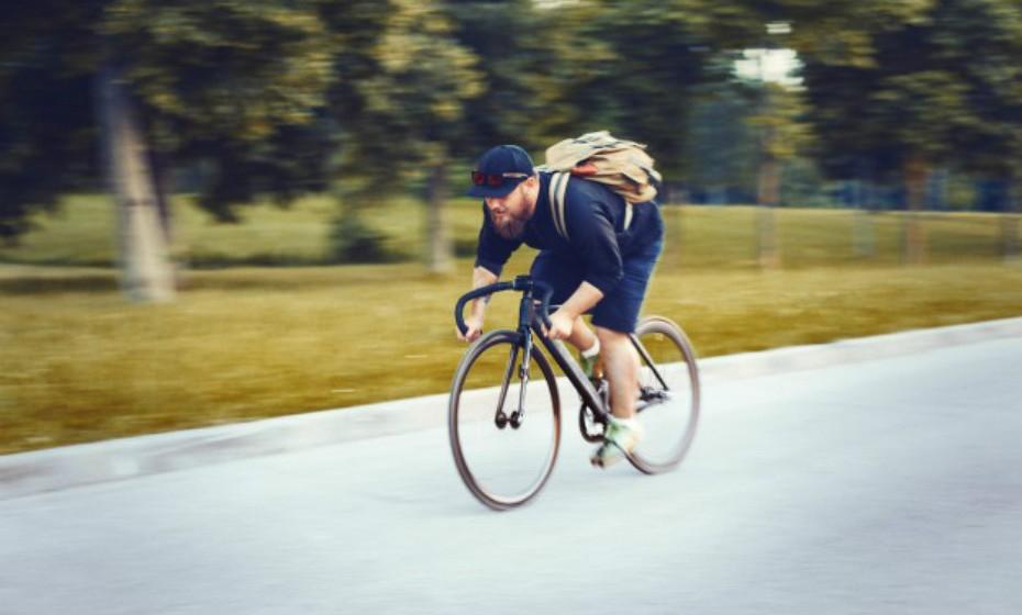 Virgem – A meditação enfatiza o relaxamento total do corpo e o alinhamento adequado que apela às tendências perfecionistas deste signo. Nunca diga a um virgem para relaxar. Este signo gosta de estar ocupado e de ser produtivo. Uma vez que precisa de exercícios que aliviem o stress, faça algo simples como andar de bicicleta ou caminhar.