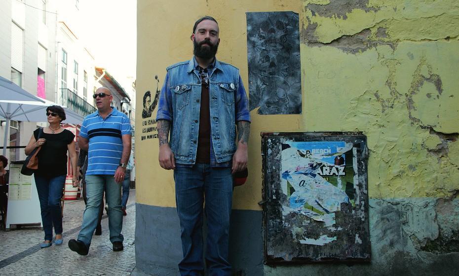 «O meu estilo, incluindo a barba, é influenciado pelo tipo de música que oiço: stoner e rock», conta Ricardo Ferro.