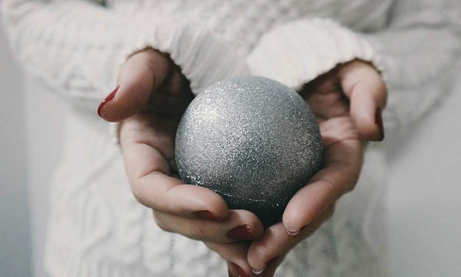O Natal é dos momentos mais harmoniosos do ano, mas também pode ser uma grande fonte de stress: são os presentes, as férias dos miúdos, a ceia, as viagens.... Mas não entre em pânico. A calma é a alma do negócio.