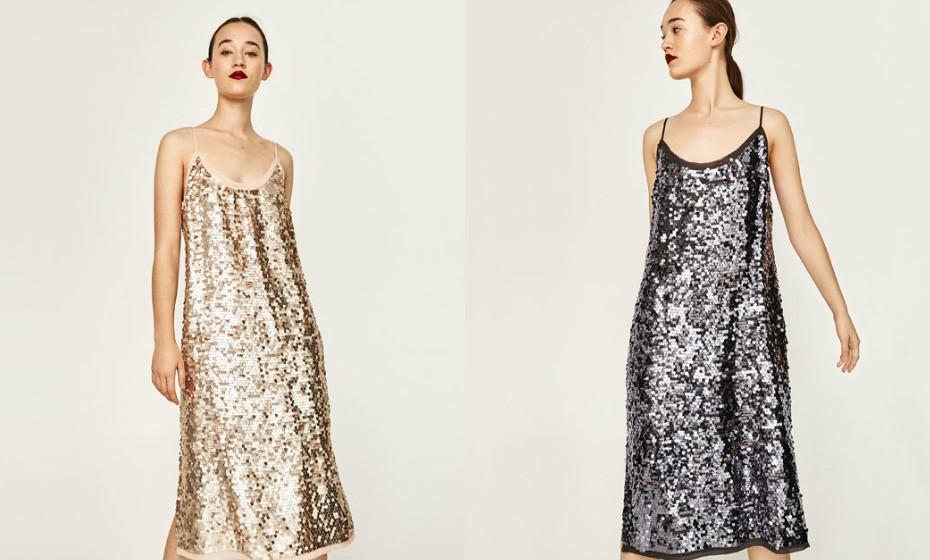 Esta é a noite para brilhar. Não tenha receio de apostar num vestido cheio de brilhos, seja diurado ou prateado (exemplo na imagem, Zara).