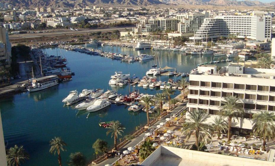 7. Eilat, Israel – Esta é uma das cidades mais populares de Israel. Situada na ponta norte do Mar Vermelho, as águas quentes e cristalinas de Eilat são uma grande atração para os mergulhadores, enquanto os recifes de Coral Beach Nature Reserve são perfeitos para os adeptos de mergulho.