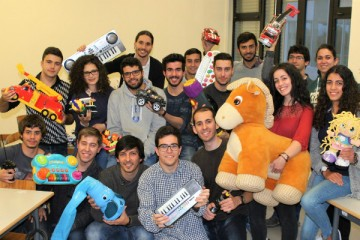 Fábrica de brinquedos (reciclados) do Pai Natal muda-se para a Universidade de Aveiro