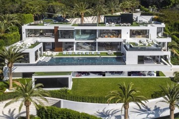 Veja imagens da casa mais cara à venda nos EUA.