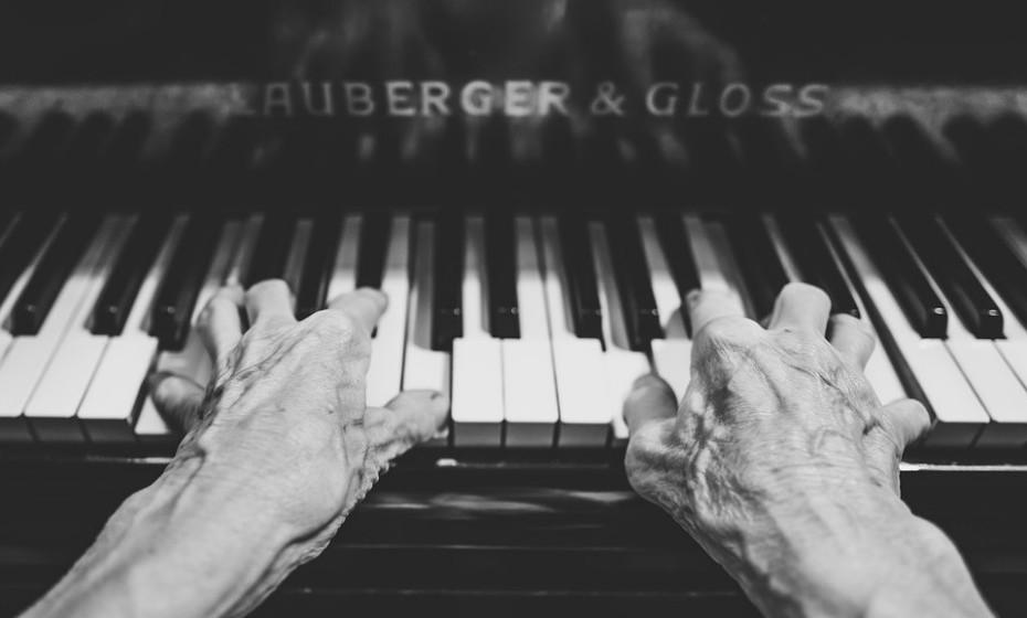 «As freiras ensinaram-me a tocar piano em criança», contou Pedro Rodriguez, 106 anos.