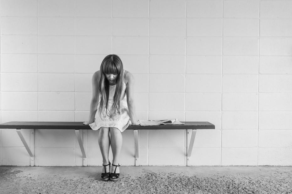 Embora alguns especialistas ainda estejam céticos, os primeiros testes sugerem que o botox pode aliviar os sintomas em pessoas com depressão. Um pequeno estudo de 2014, de 74 pessoas com transtorno depressivo, descobriu que 52% das pessoas que receberam botox relataram uma queda nos sintomas seis semanas depois, em comparação com 15% das pessoas que receberam um placebo.