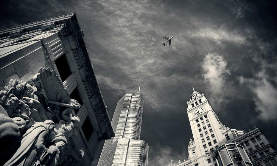 6. Chicago, EUA, é a cidade mais populosa do estado de Illinois. Nos dias de hoje, mantém o seu status como um importante polo para a indústria das telecomunicações, transporte e infraestruturas.
