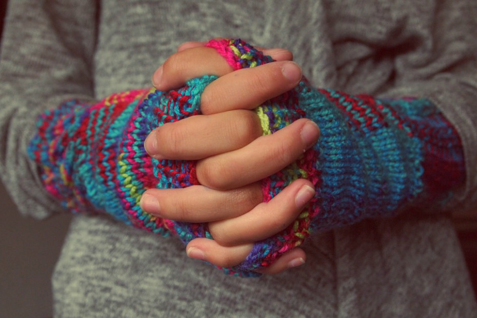Na clínica da Universidade de Chicago, EUA, os médicos usam o botox para tratar as pessoas com mãos muito frias. É injetado na mão da pessoa, a fim de relaxar os músculos que cercam os vasos sanguíneos apertados. Quando os vasos relaxam e aumentam, o sangue flui através da mão e na ponta dos dedos, proporcionando o alívio dos sintomas. Segundo os médicos, o tratamento pode durar até três meses.