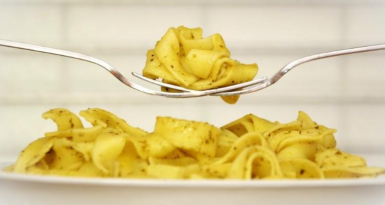 Massa, pasta, di massa, masse: o alimento intemporal que afinal faz bem