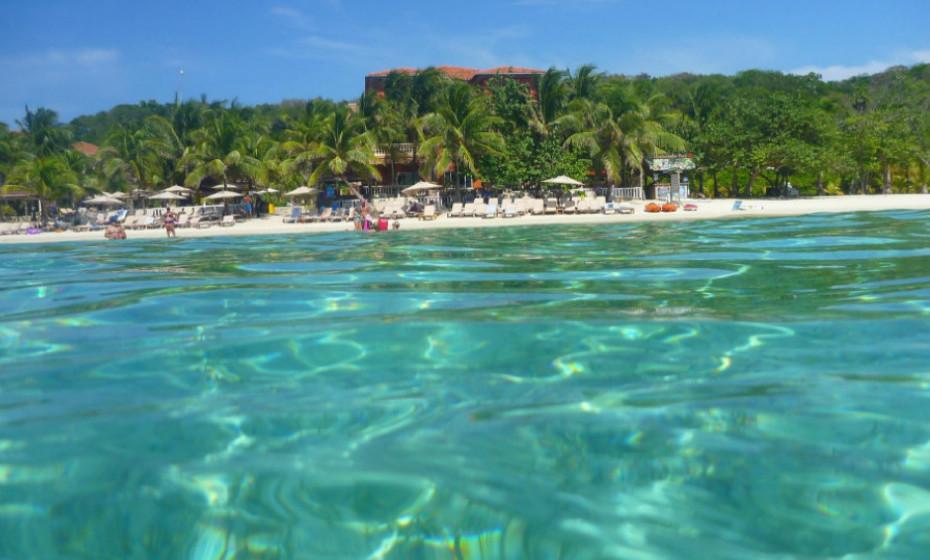20. Praia West Bay - Honduras