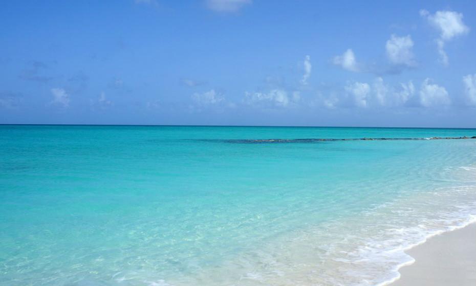 2. Baía Grace, Ilhas Turcas e Caicos