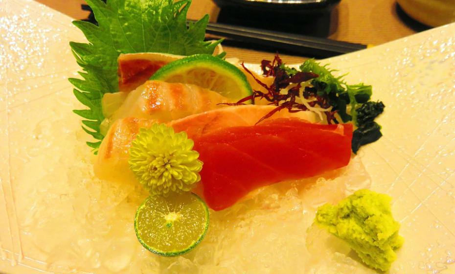 Compre só peixe fresco ou exibido sob uma tampa numa camada grossa de gelo.