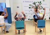 Sessão de Movimento – engloba vários exercícios onde são trabalhadas, de forma integrada, as funções motoras e cognitivas, a expressão corporal de cada um, por exemplo através da dança, mas também a promoção da união do grupo e a socialização.