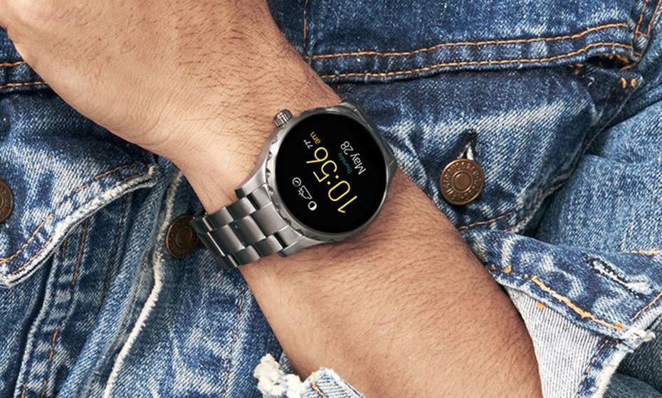 Em 2017, muitas marcas vão lançar novos modelos no mercado para chegarem a novos tipos de consumidores. Basicamente, os relógios tradicionais vão ficar mais inteligentes e os smartwaches vão tornar-se mais elegantes.