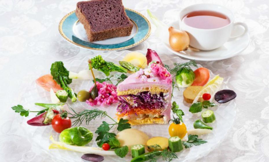 Em vez do recheio tradicional, estes bolos são recheados com legumes como cenoura ou couve roxa. Por isso, podem ser consumidos em qualquer refeição, a qualquer hora do dia.