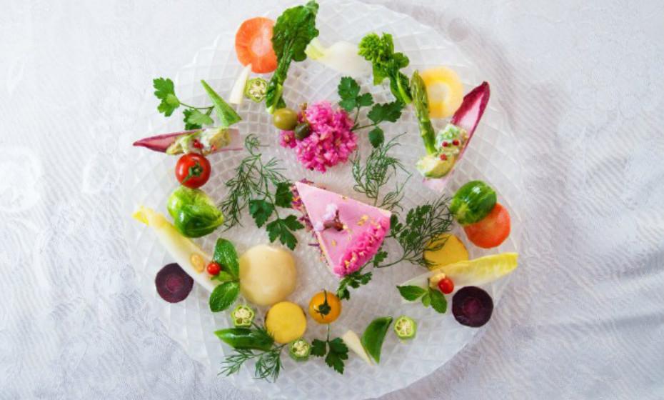 Mitsuki Moriyasu inspirou-se nos seus dois filhos, que sofrem de várias alergias alimentares, para inventar estes bolos saudáveis.