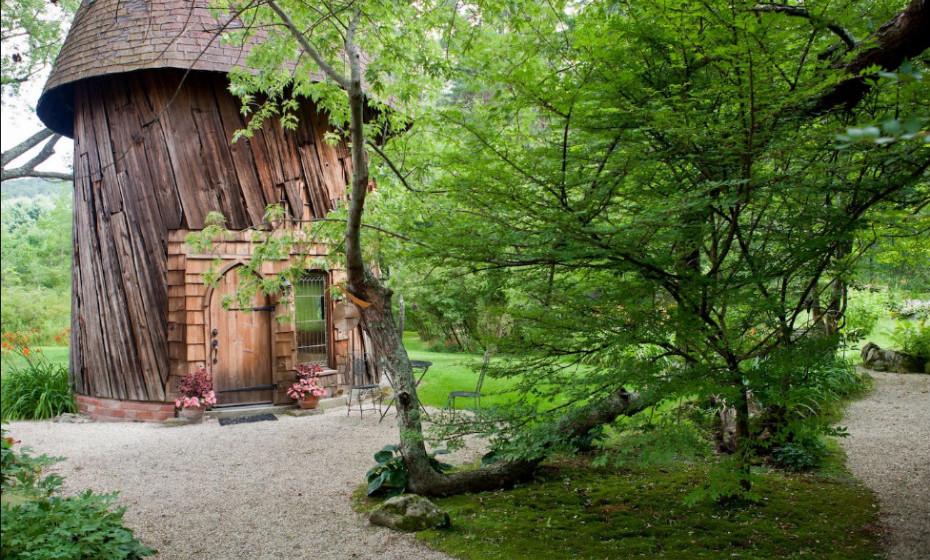 A cabana 'Silo Studio', em Massachusetts, EUA, pode ser sua.