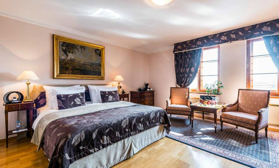 11. Golden Well Gotel, Praga, Republica Checa – Localiza-se numa área calma que confere muita privacidade. A sua decoração é elegante e os quartos são bem grandes.