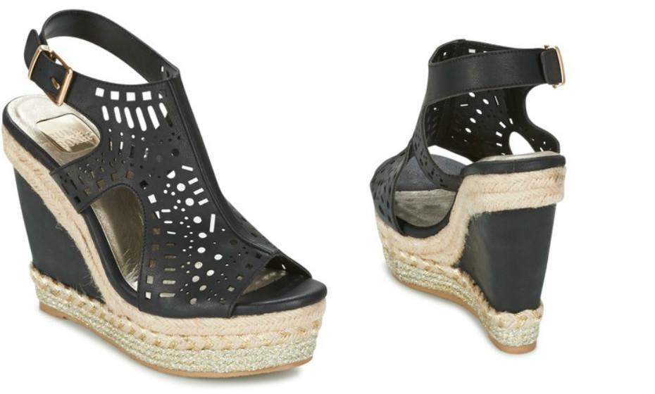 Esta galeria não é feita só de calçado raso. Veja esta sugestão de um par de saltos em cunha da Bull Boxer (61€).