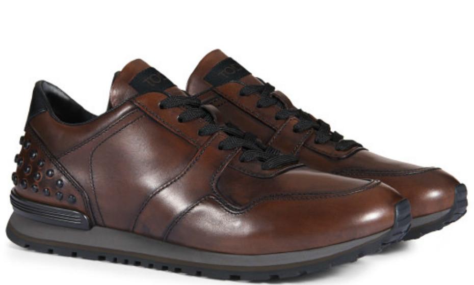 Os homens também têm direito a sugestões. Sapatos da Tod's, 505€.