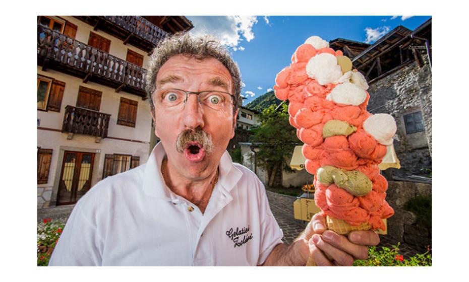 O cone de gelado com mais bolas foi criado por Dimitri Panciera, em Forno di Zoldo, Itália, com 121 bolas de gelado, no dia 20 de setembro de 2015.