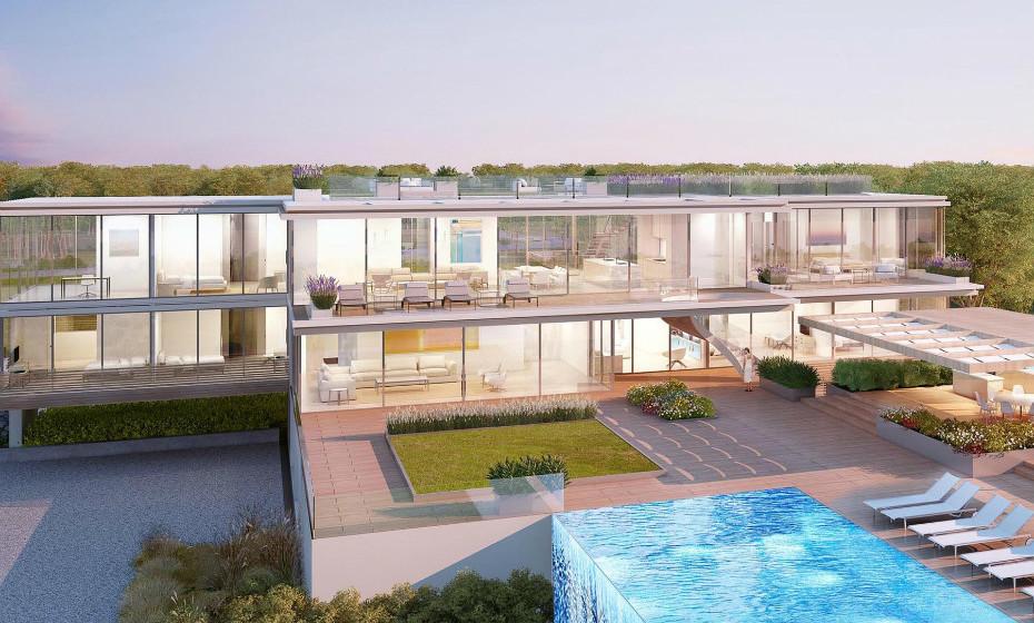 A piscina infinita desta casa é simplesmente incrível e representa o ex-libris da propriedade.