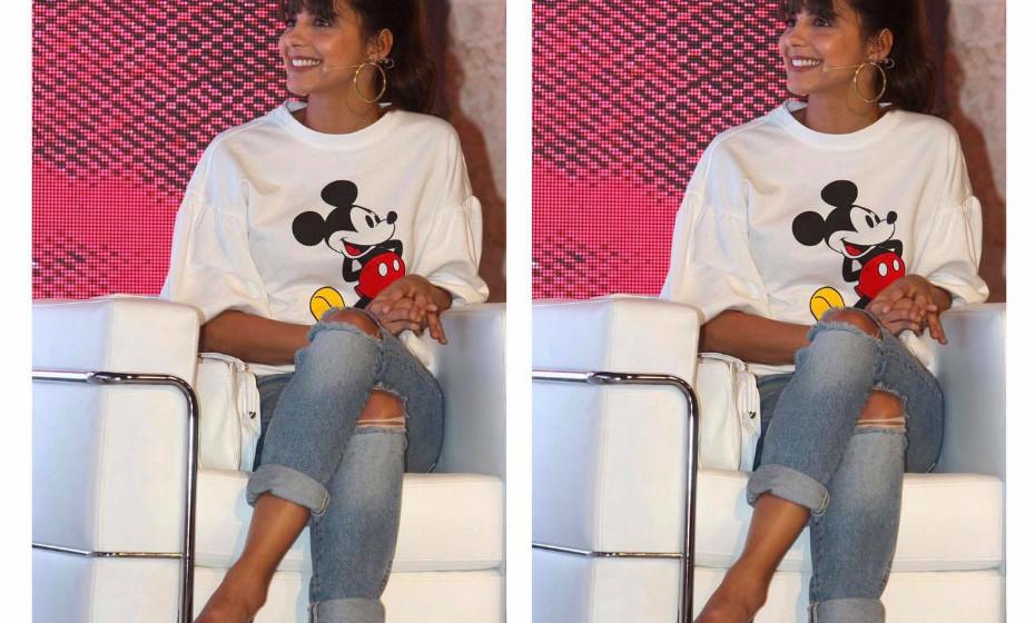 Para um evento recente da revista Máxima, a atriz Sara Matos optou por um look descontraído, sem perder a elegância.