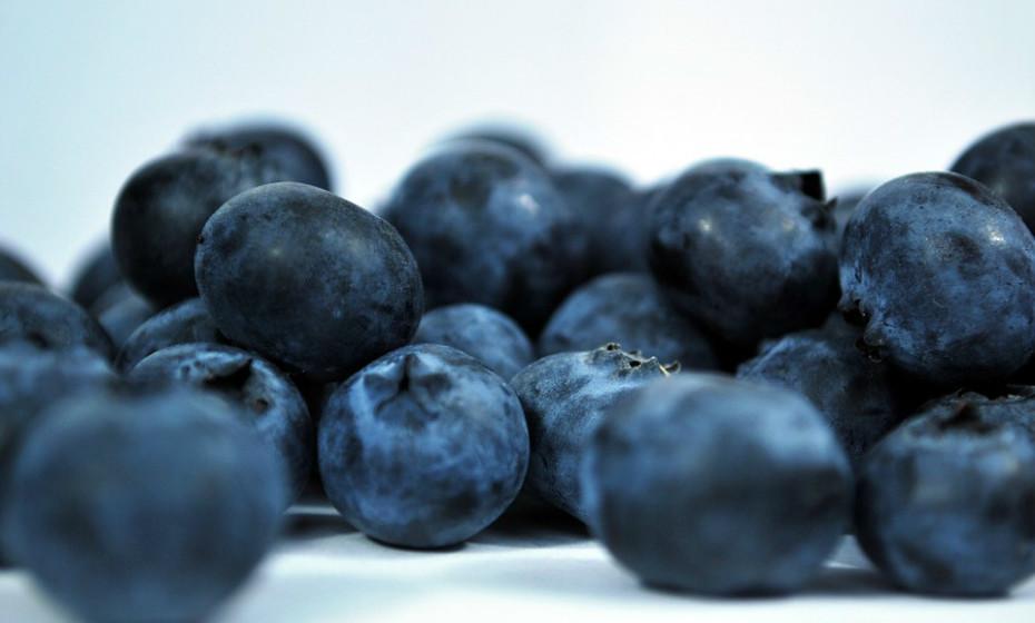 O maior desafio da perda de peso muitas vezes não é a dieta, mas sim conseguir resistir aos desejos súbitos por alimentos açucarados. A fruta pode ser um bom aliado para os mais gulosos.