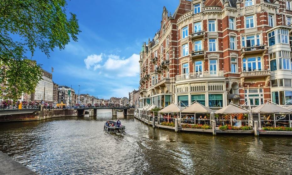 Amsterdão  - A cidade dos canais ocupa o primeiro lugar da lista graças aos diversos restaurantes, cafés e bistros existentes em todas as ruas da cidade que oferecem uma grande variedade de pratos veganos.