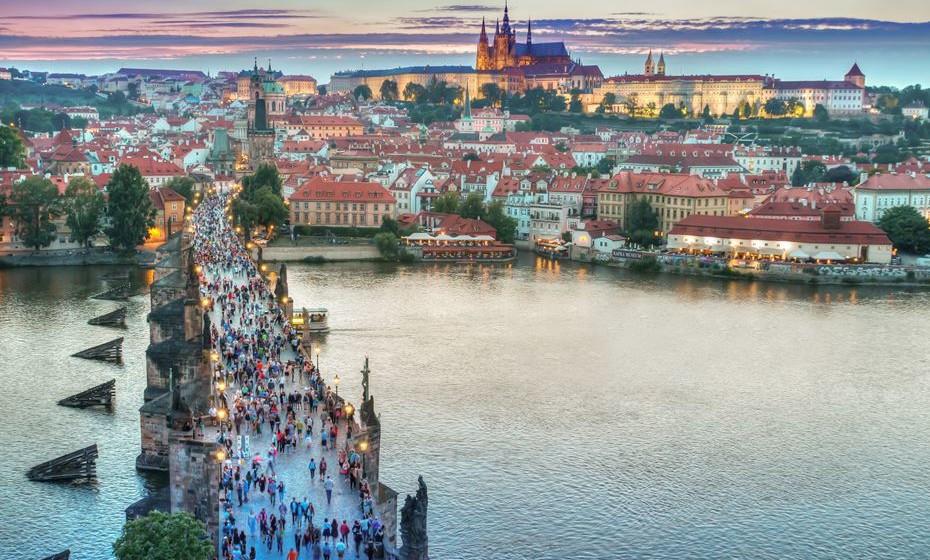 Praga  - Além dos Dumplings de batata recheados e muita, muita carne, os viajantes que visitam a capital checa estão agora a encontrar mais pratos veganos nos cardápios. Aqui, o turismo é a principal fonte de diversidade.