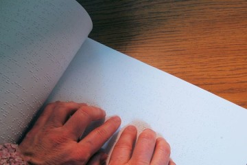 União Europeia vai disponibilizar mais livros para cegos e deficientes invisuais