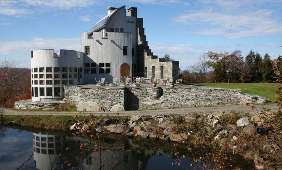Castelo escocês nos EUA: No Vermont, pode pernoitar num castelo bem ao estio da Escócia.