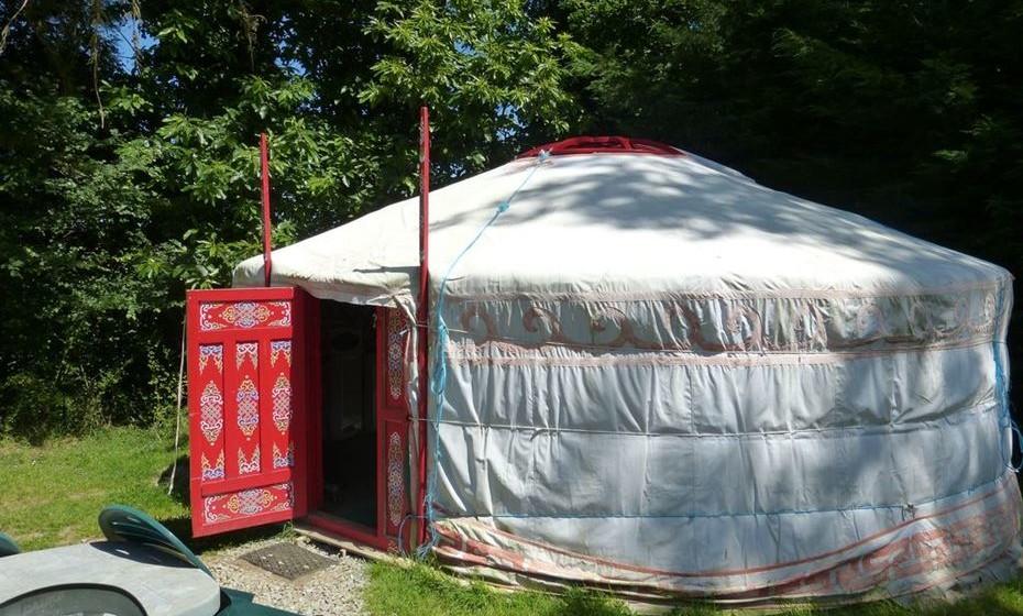 Yurt mongol em França: Não precisa de viajar até à Mongolia para experimentar esta tenda típica. Este yurt está localizado em Saint Malo, na região da Bretanha.