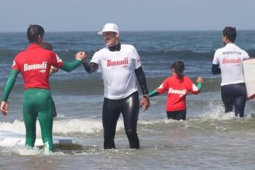 Aulas de surf gratuitas com Garrett McNamara em nove praias portuguesas