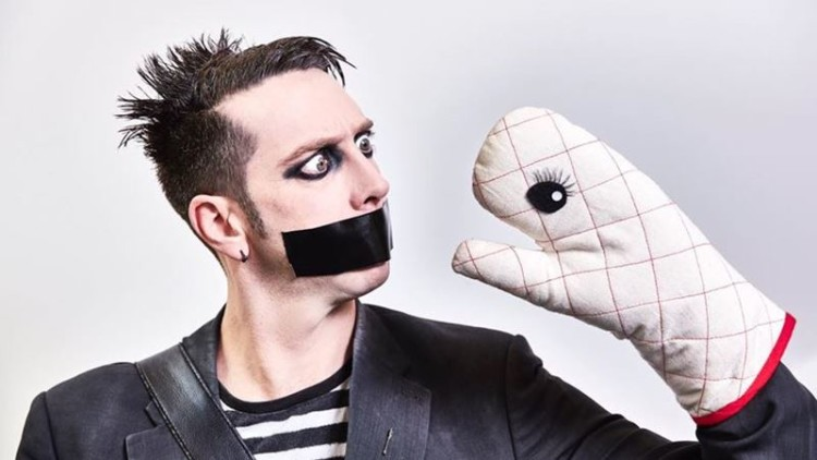 Tape Face, o mimo-fenómeno do 'America's Got Talent' estreia-se em Portugal
