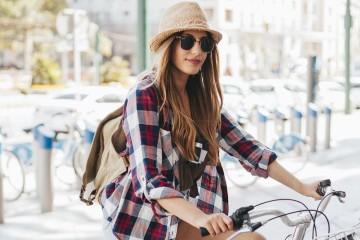 Com o tempo mais ameno que costuma fazer na Páscoa, descubra as cidades europeias que se estão a tornar cada vez mais amigas dos ciclistas e são perfeitas para conhecer de bicicleta.