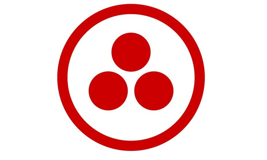 Símbolo do Pacto de Röerich: O Pacto foi assinado em 1935 na Casa Branca, nos EUA, por 22 países da América. Este documento declara a necessidade de se proteger a atividade cultural no mundo, haja guerra ou paz. Assim, lugares de valor cultural seriam declarados neutros e protegidos, como universidades ou museus. Tal como a Cruz Vermelha faz com os hospitais, por isso é chamado Cruz Vermelha da Cultura. Os círculos representam a Arte, Ciência e Religião e a circunferência a Cultura.