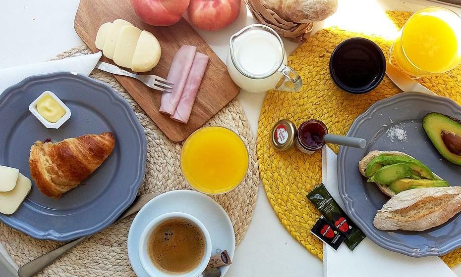 Se mora em Lisboa ou arredores, agora já pode tomar um verdadeiro pequeno-almoço de hotel na sua própria casa. E com diferentes menus para servir todos os gostos.