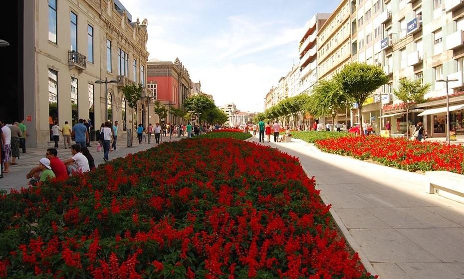 9 – Braga: Também é uma cidade que se orgulha do seu espirito jovem, tanto que em 2012 Braga foi distinguida como a Capital Europeia da Juventude, o que propiciou a realização de vários projetos de cariz social, político e cultural envolvendo jovens. Por isso, não é de se admirar que a cidade também esteja na vanguarda quando se trata também de nutrição.